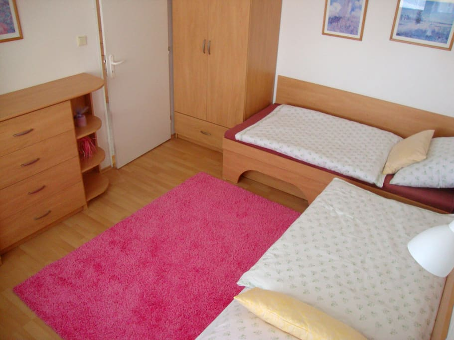 Bedroom - 2 single beds, possibility to make 1 double + 1 single bed