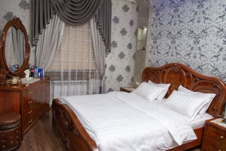 2 BEDROOM FLAT IN A HEART OF SAMARKAND