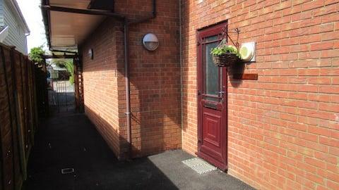 Garden suite in Ashley Cross, Poole