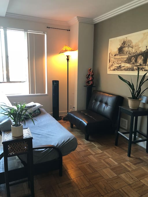 Room For Rent Near Cedar Sinai Hospital