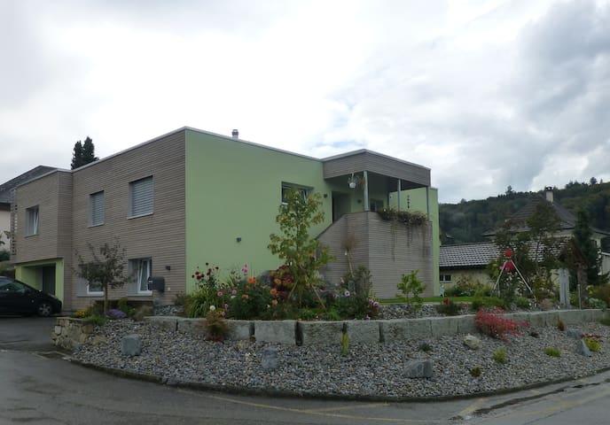 WG in der Villa Illnerbunt - Villmergen - Rumah