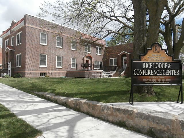 Rice Lodge & Conference Center, Bed & Breakfast