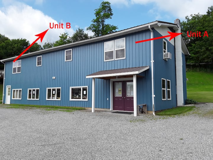 Blackberry Hill-Unit B.  NEW!  1 Queen 2 Twin Beds