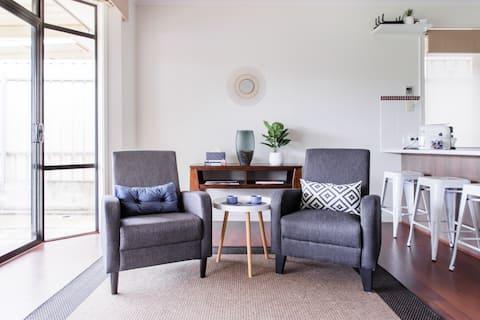 Take A Breath of Fresh Air at a Felixstow Garden Hideaway
