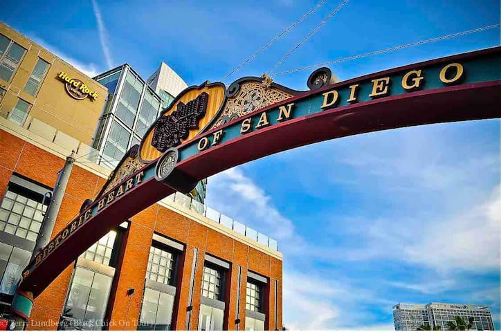 ★Gaslamp/Convention Ctr/Petco Park★ - Cozy 1 Bd ✔