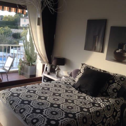Superbe chambre meublée vue mer - Cannes - Lägenhet