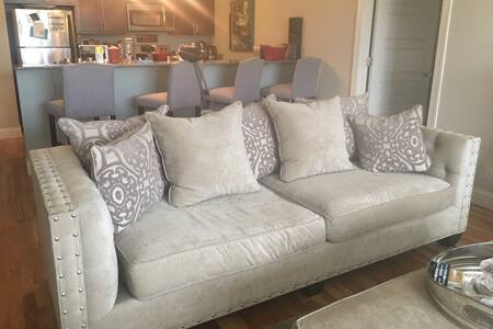 Couch Surfing Near Charlotte! - Rock Hill