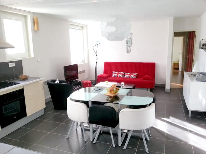 Apartment with 2 bedrooms in Luzenac - 8 km from the slopes