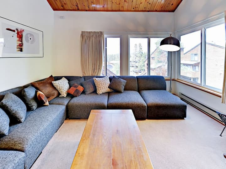 Tahoe Donner condo on Ski hill, Three bedrooms