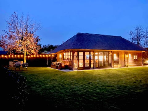 Exclusive Guesthouse  Waterfront Lodge