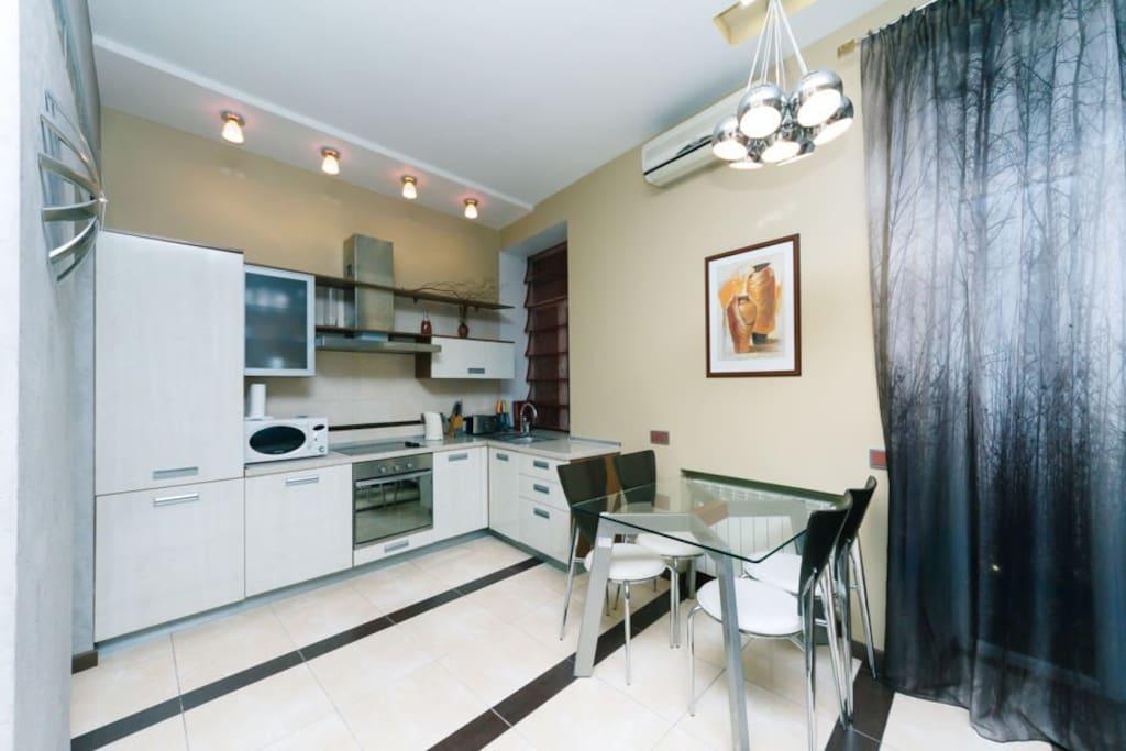 Open studio-kitchen