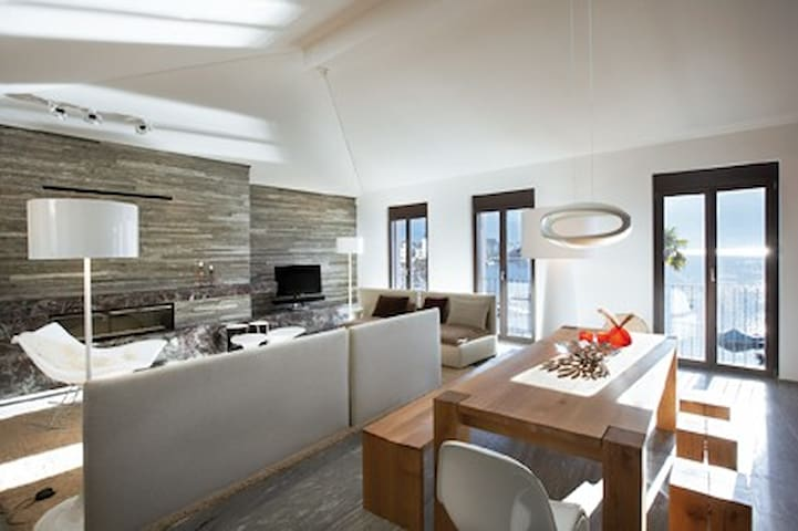 """The Place to Rest"" auf Asconas Piazza & Seeblick - Ascona - Apartamento"