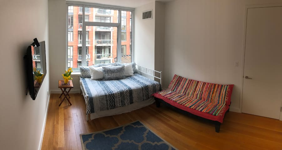 Sunny , spacious, luxury building off Bedford Ave.