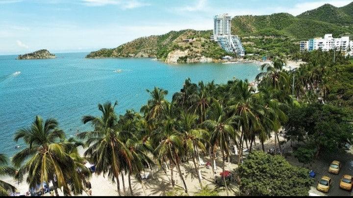 Apartaestudio Playa El Rodadero. Edificio Karey ❤
