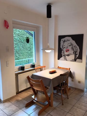 Ruhige Wohnung am Naturschutzgebiet Wittmoor - Hamburg - Lägenhet