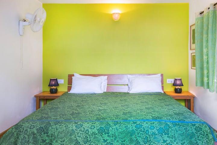 Olive Room (Bara Bungalow Gethia, Nainital)
