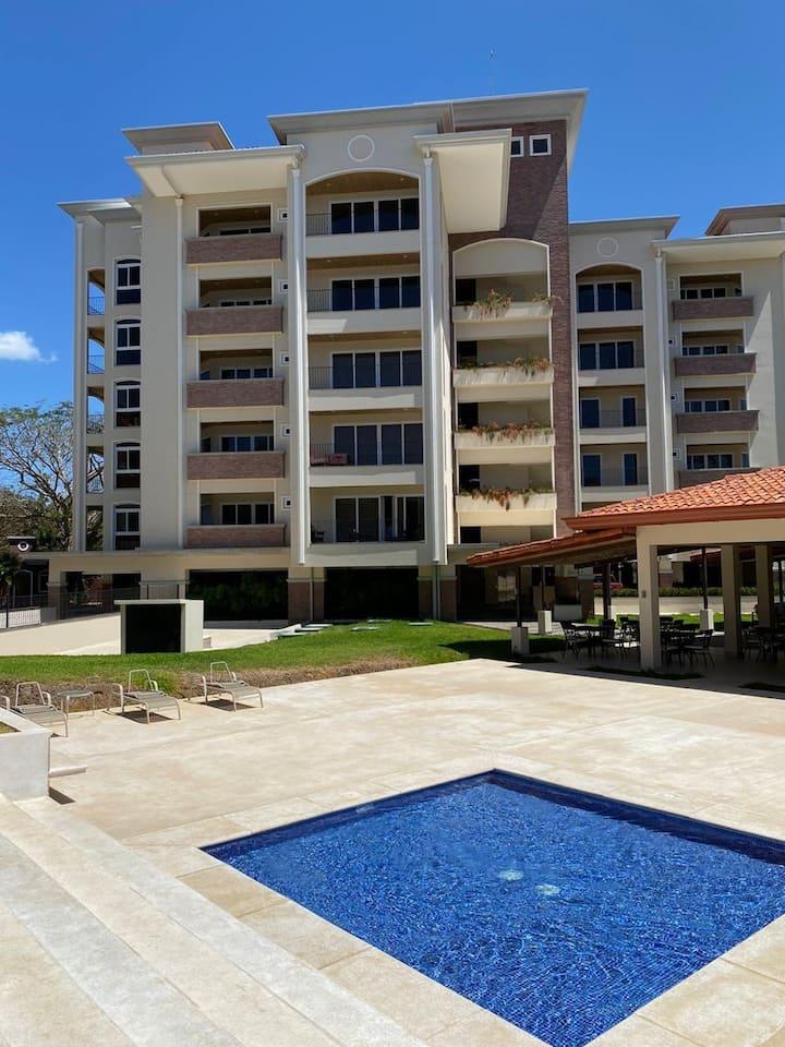 Peninsula 2, Tamarindo, Langosta