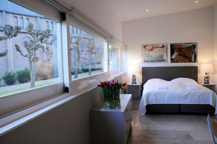 Luxurious studio apartment  30 m2