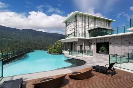 V1 Luxury 3BR Wifi dual balcony @Vista Genting