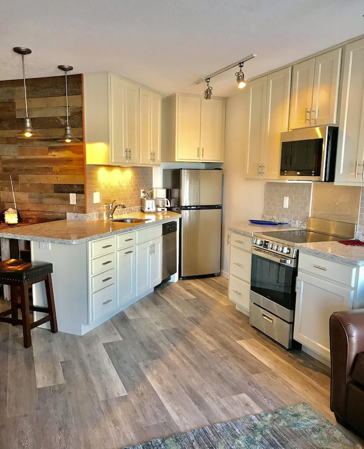 Unit #111, Lake Front,  Great new updates