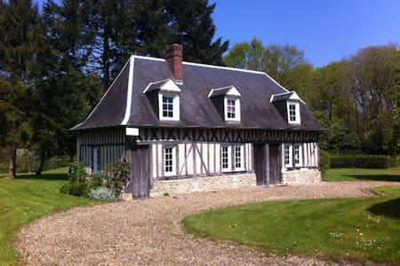 """""""Le Rouvres""""  5 couchages, grand jardin, charme - Beaumont-en-Auge - Talo"""
