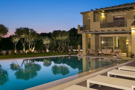 VILLA YLENIA/EXCLUSIVE LUXURY VILLA - Lakithra