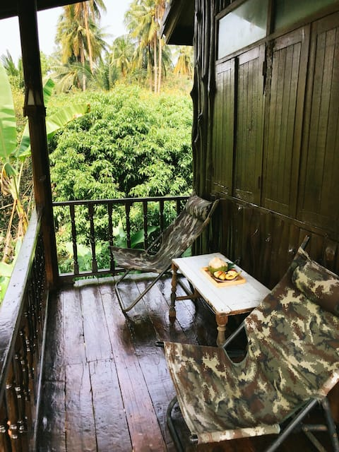 Real garden home in Amphawa (Golden Gardenia)