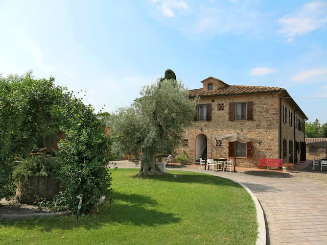 Apartment Podere Le Palaie for 6 persons