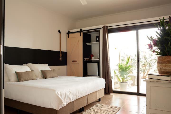 Casa Mantana_Boutique room with private veranda