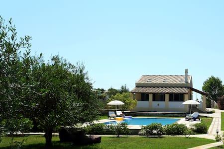 Arillas country house - Arillas Magouladon