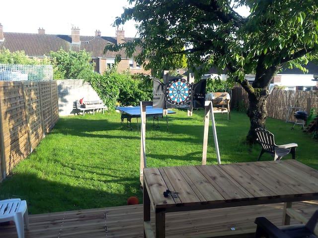belle maison avec jardin - Amiens - บ้าน
