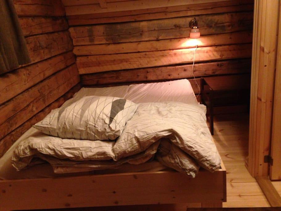 Det ene av 2 soverom på loftet.