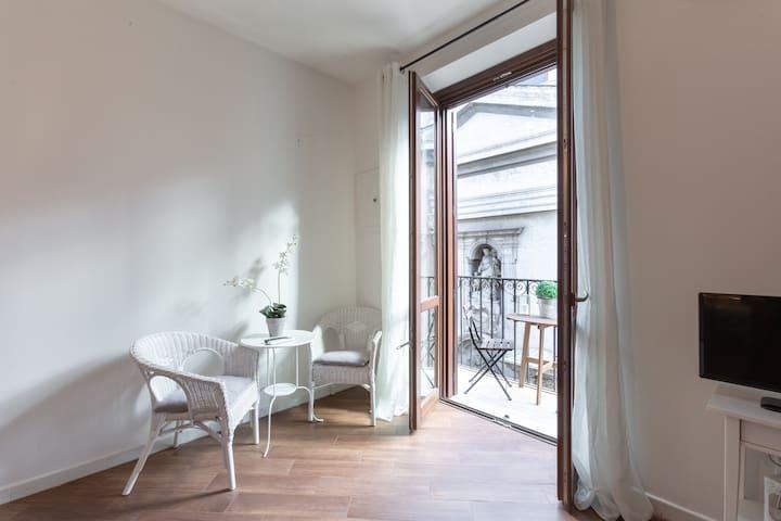 NEW! 4 Canti Charming Apartment x6