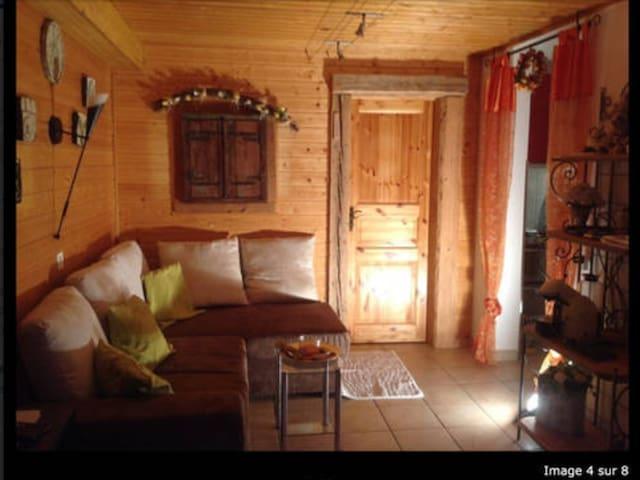 Appartement loué du dimanche 17h au vendredi 16h - Grimentz - Byt
