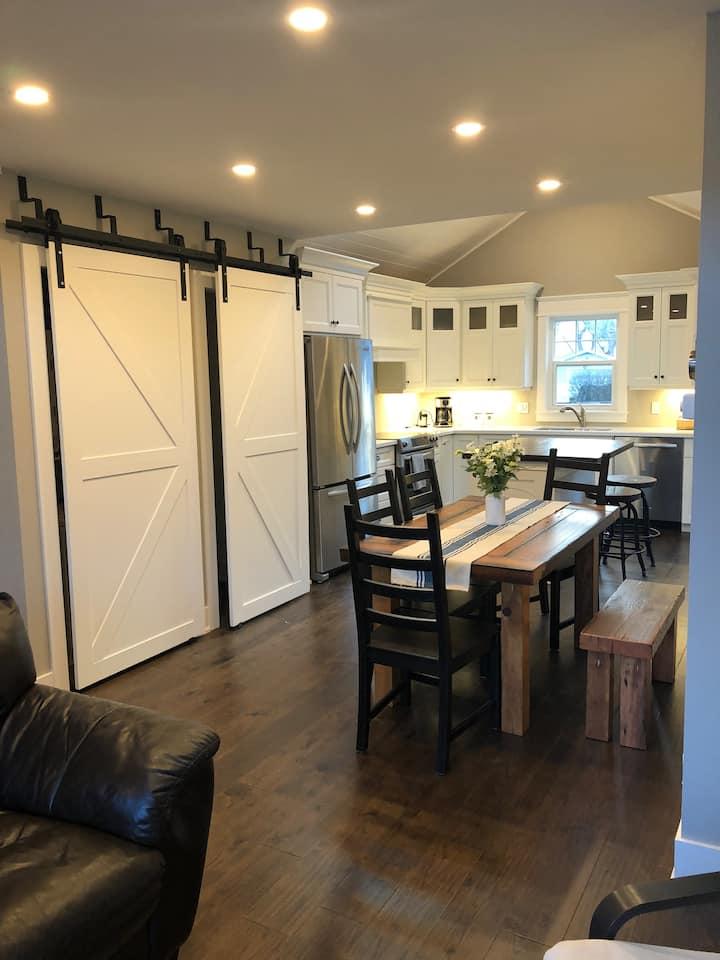 NEST Beautiful new home in Niagara on the Lake