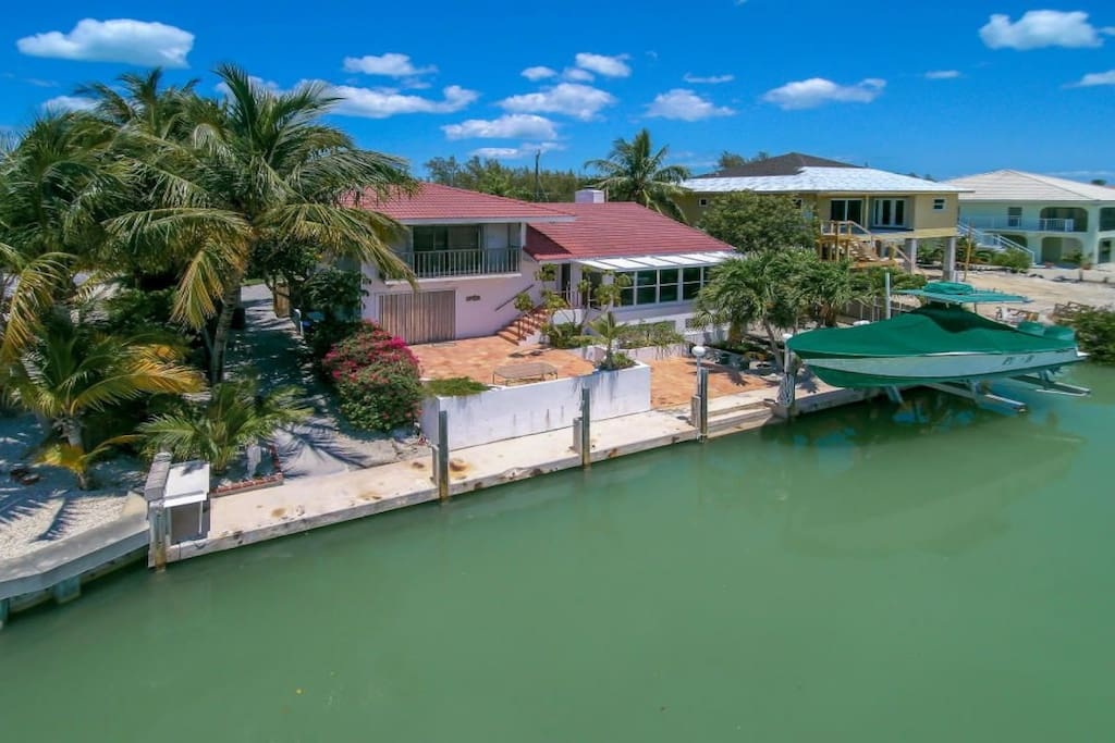 Sits on 80 ft wide canal, with 70 ft dock. Plenty of room for your boat!