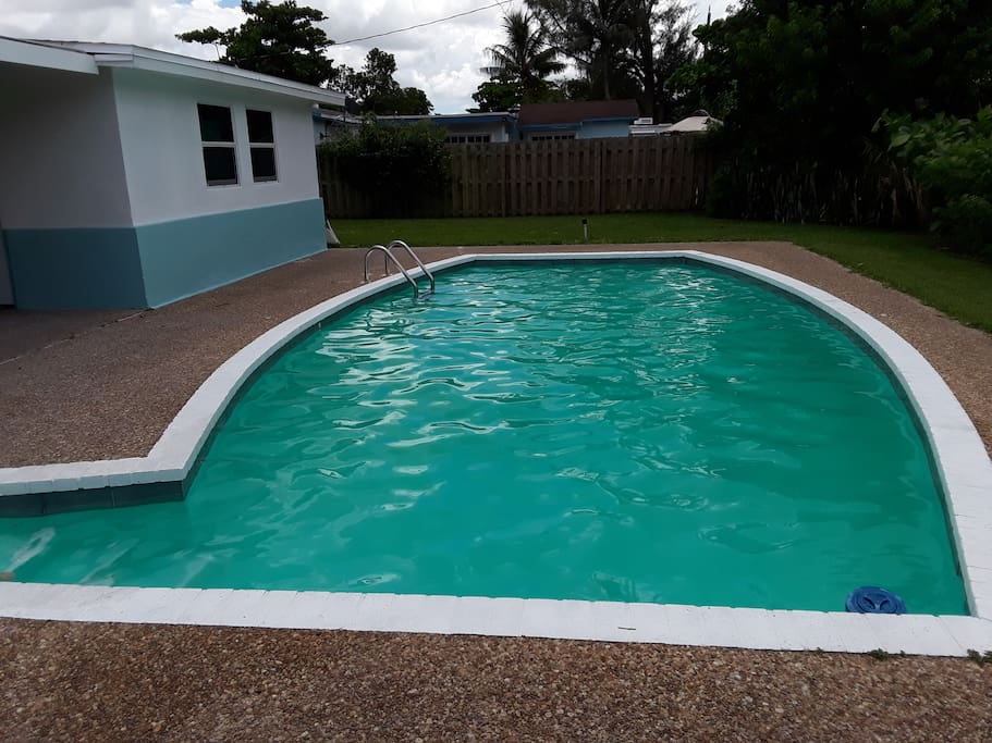 Large Pool & Fenced Yard
