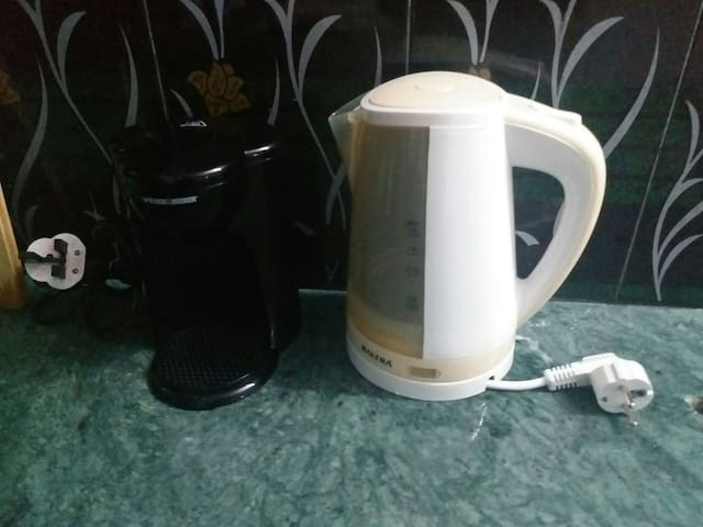 Hotwater and coffee cooker