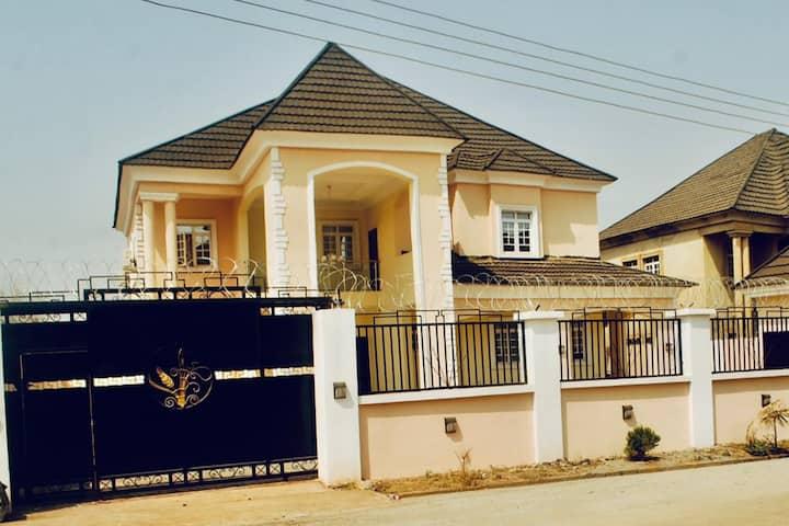 House X (Luxury Accomodation/ Executive Room)