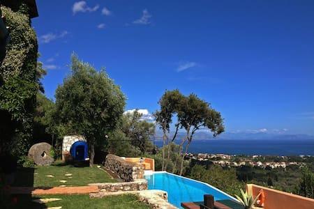 """Venetian marvel…."" Sunday Times - Agios Markos - Villa"