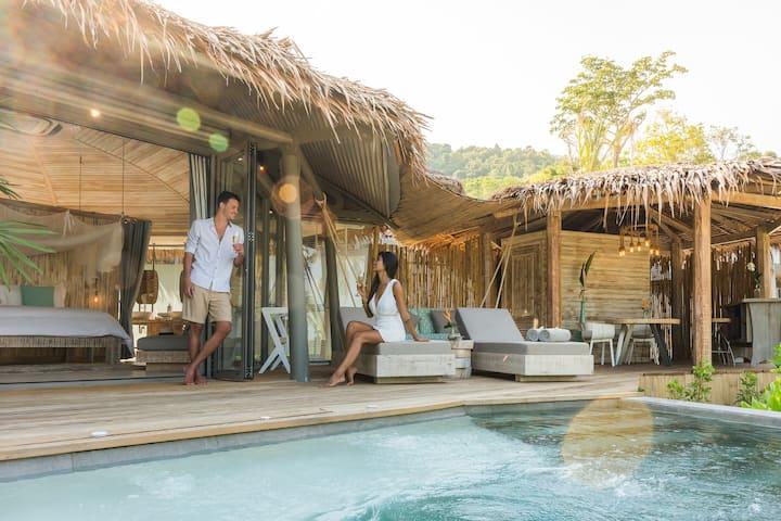 Beachfront Pool Villa+Free Pak Bia Trip+Yoga class
