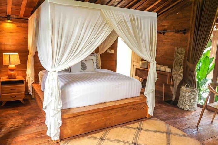 King bed in Gladak 1