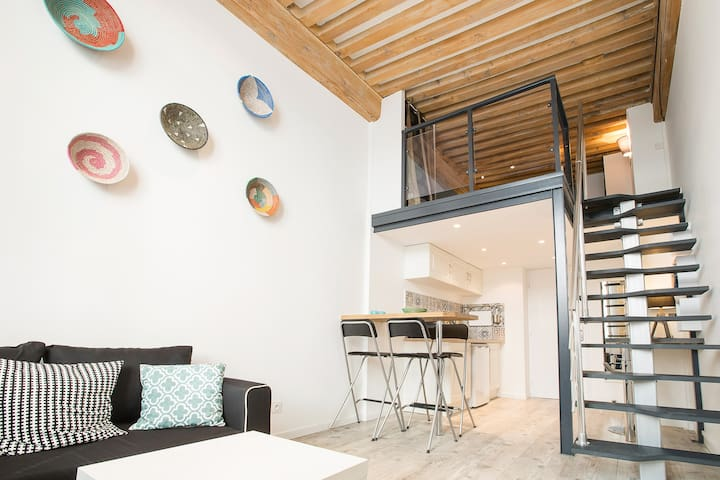 New! Renovated 6 people Lyon Heart Croix-Rousse