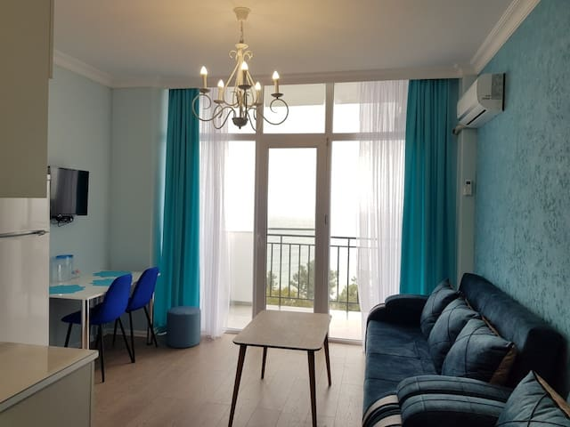 Lux Apartment 1 в махинджаури