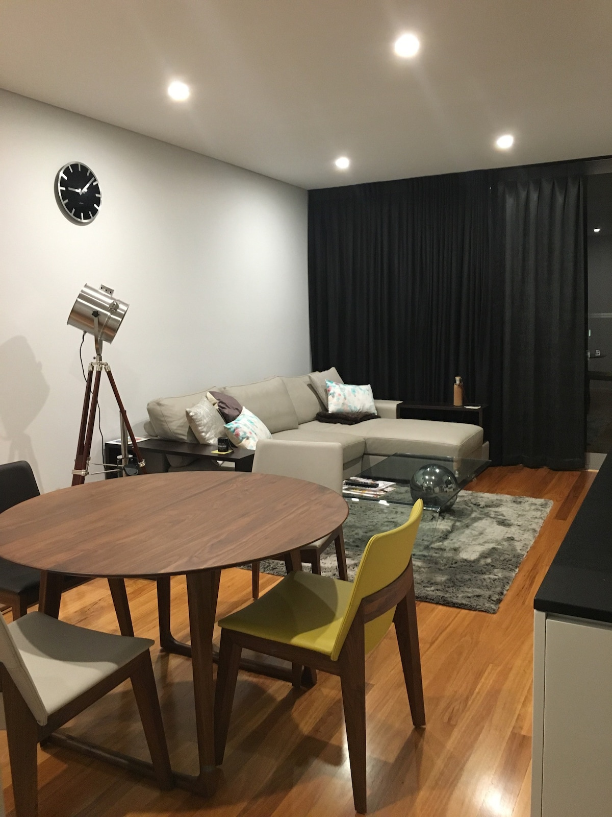 Chic Urban Apartment   Apartments For Rent In Subiaco, Western Australia,  Australia