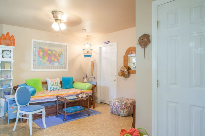 Cape May Villas Private Studio Room - Lower Township - Huis