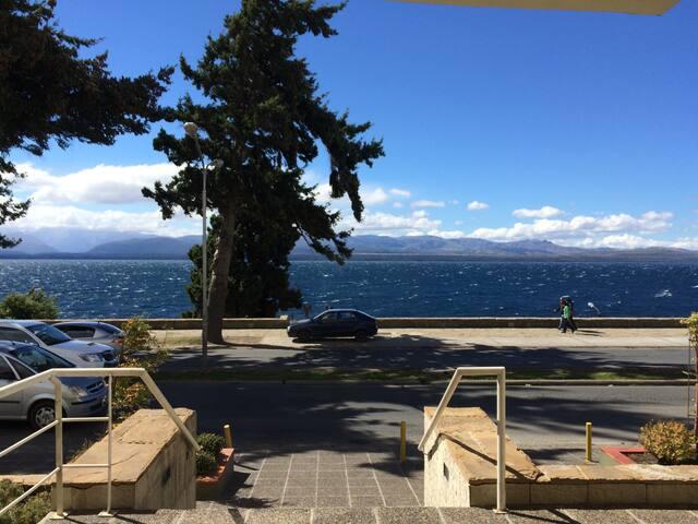 2 amb frente al lago con c/ cochera - San Carlos de Bariloche - Apartemen