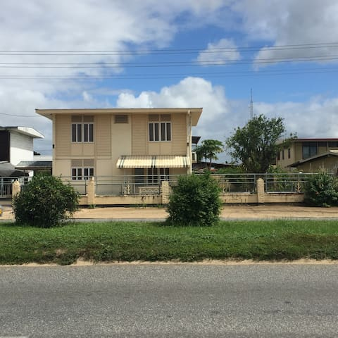 Fully furnished house in Paramaribo