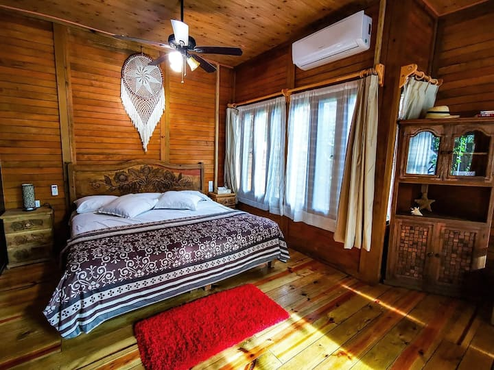 ♥ Romantic Cabin / UNIQUE Space / Pool / WIFI / AC