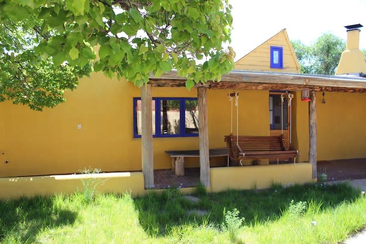 Casa Amarilla in Galisteo / Santa Fe area - Galisteo - Huis